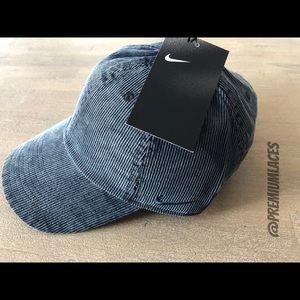 e6b157b2 Nike Accessories | Heritage 86 Corduroy Strapback Hat Unisex | Poshmark